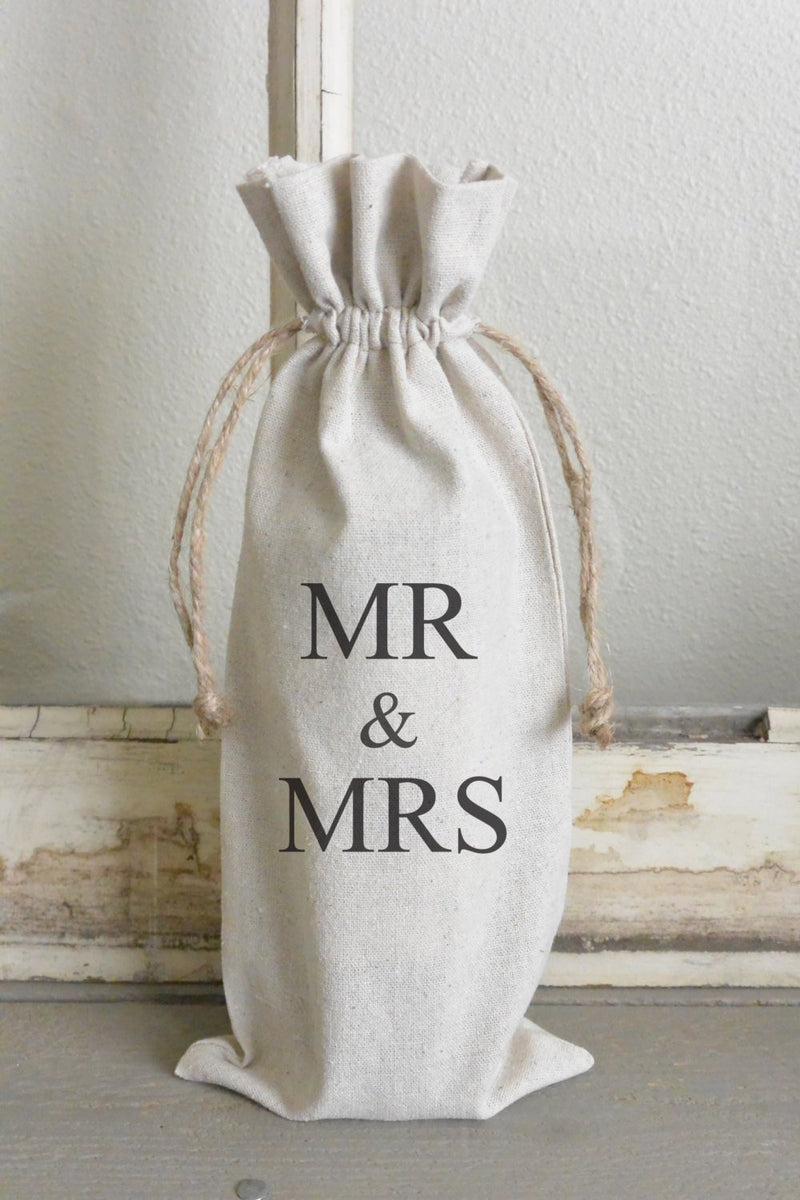 Mr & Mrs Wine Bag_personalized, wine, present, party favor, wedding favor, gift bag, party, hostess gift - Porter Lane Home