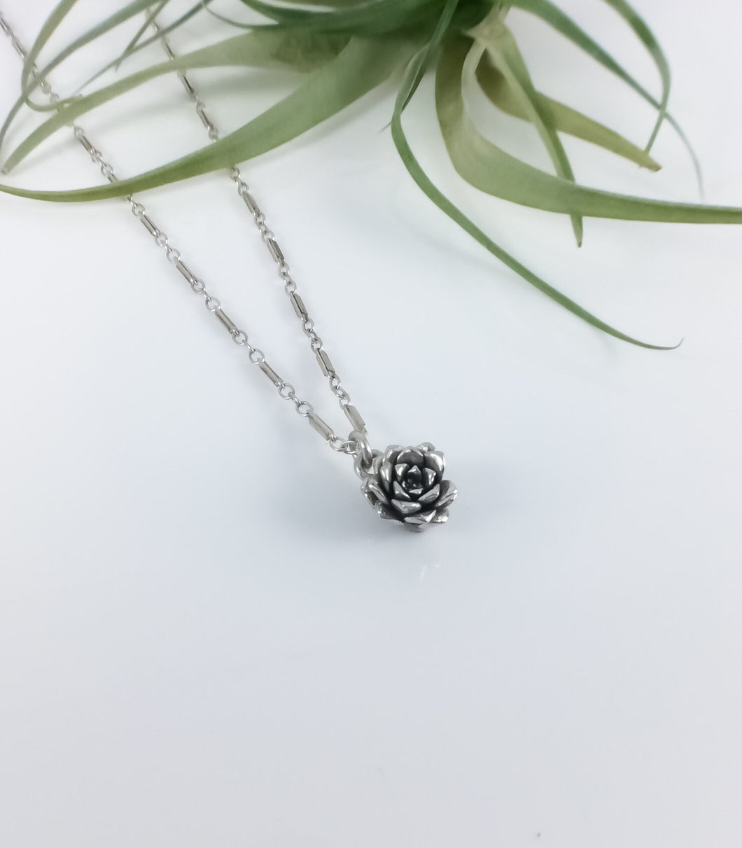Dainty Succulent Bud Necklace