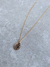 Wood Grain Drop Necklace