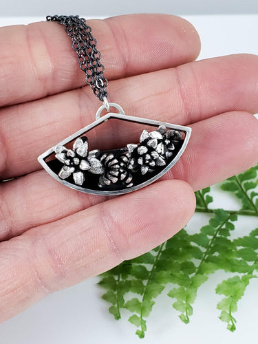 Geometric Terrarium Succulent Necklace