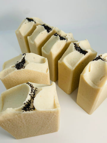 Sea Moss & Oatmeal Soap