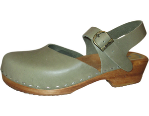 Clog Sandals - Traditional Heel Clogs