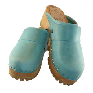 Mountain Sole in aqua leather with wide snap strap