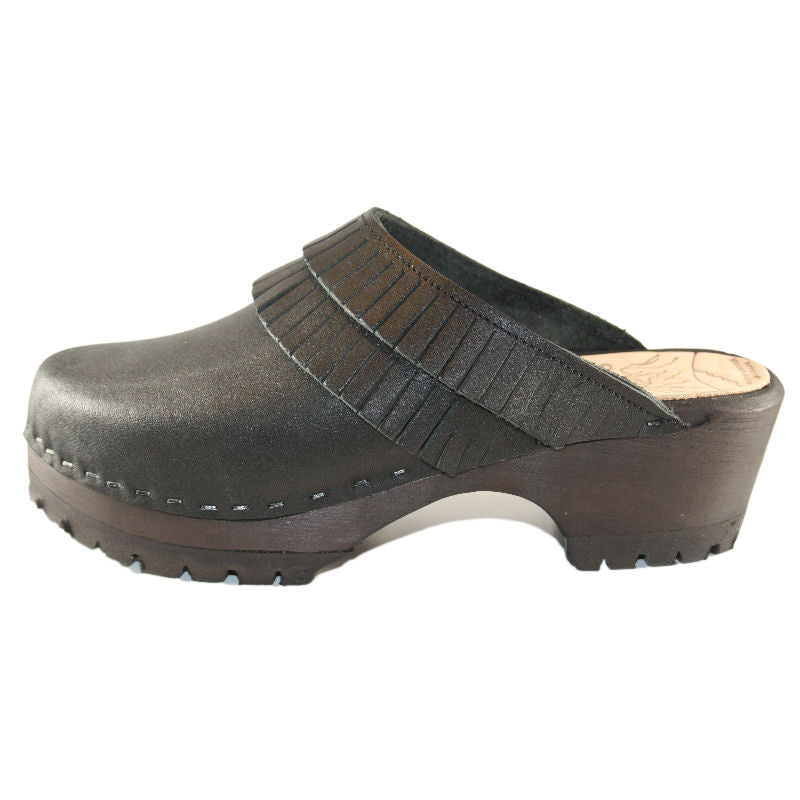 Black Leather Annie Mountain Clog