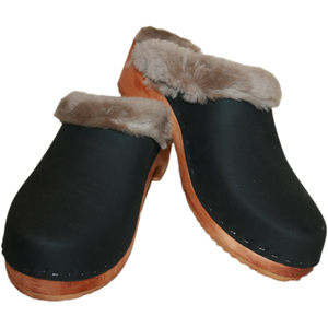 Men's Shearling Lined Black Oil Tanned Clogs
