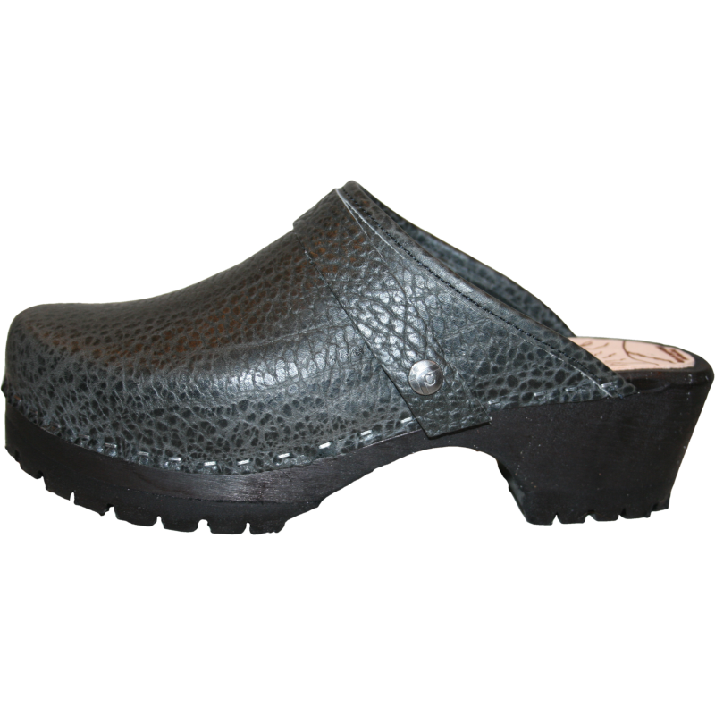 Black Pebbled Leather Black Sole Mountain Clog Snap Strap