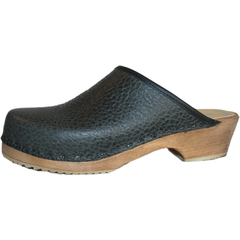 pebble black clog, textured clog