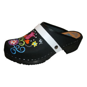 clogs with interchangeable straps