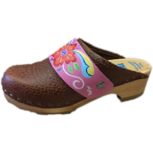 Traditional Heel Caramel Pebbled Leather with Hand Painted Hot Pink Petra Snap Strap