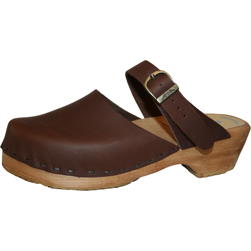 Traditional Heel Closed Toe Maja Sandal in your choice of Oil Tanned Leather