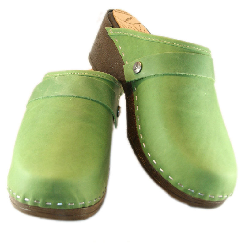 Flex Sole in Grass Green Leather Snap Strap