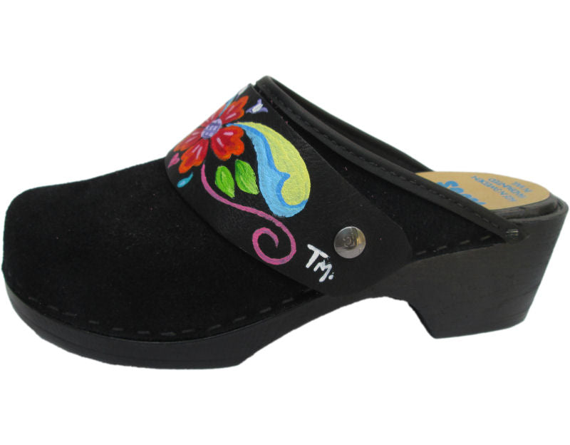 Flexible Tessa Clog in Black Suede and a Petra Strap