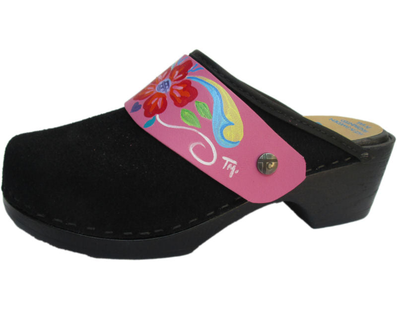 Flexible Tessa Clog in Black Suede and a Pink Petra Strap
