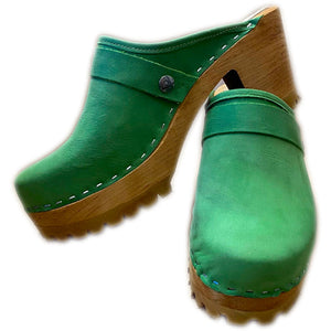 High Heel Fashion clog in Grass Green Leather
