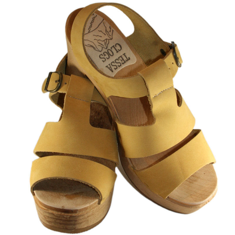 Ultimate High Tina Sandal in Honey Nubuck