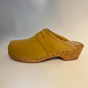 Traditional Heel size 39 - Factory Seconds