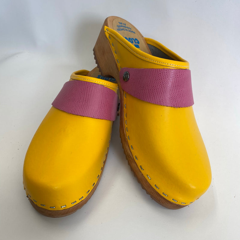 Traditional Heel Yellow with Pink Lizzard Snap Strap size 40 - Factory Seconds