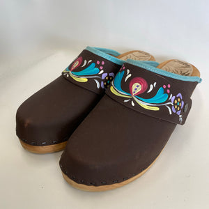 Traditional Heel Brown Oil with Handpainted Astrid Snap Strap size 40 - Factory Seconds