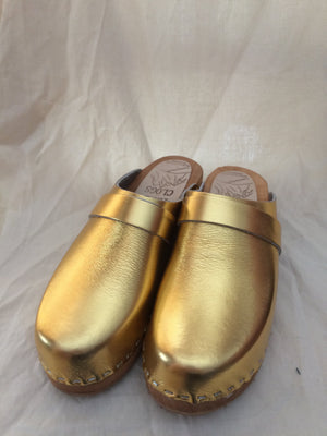 hand made in Minturn, Colorado, Tessa Gold Clogs
