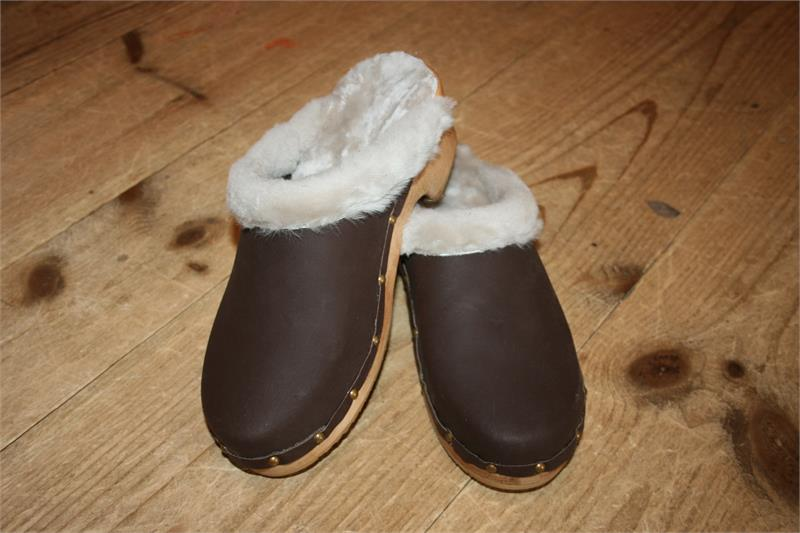 Traditional Heel Brown Oil Shearling