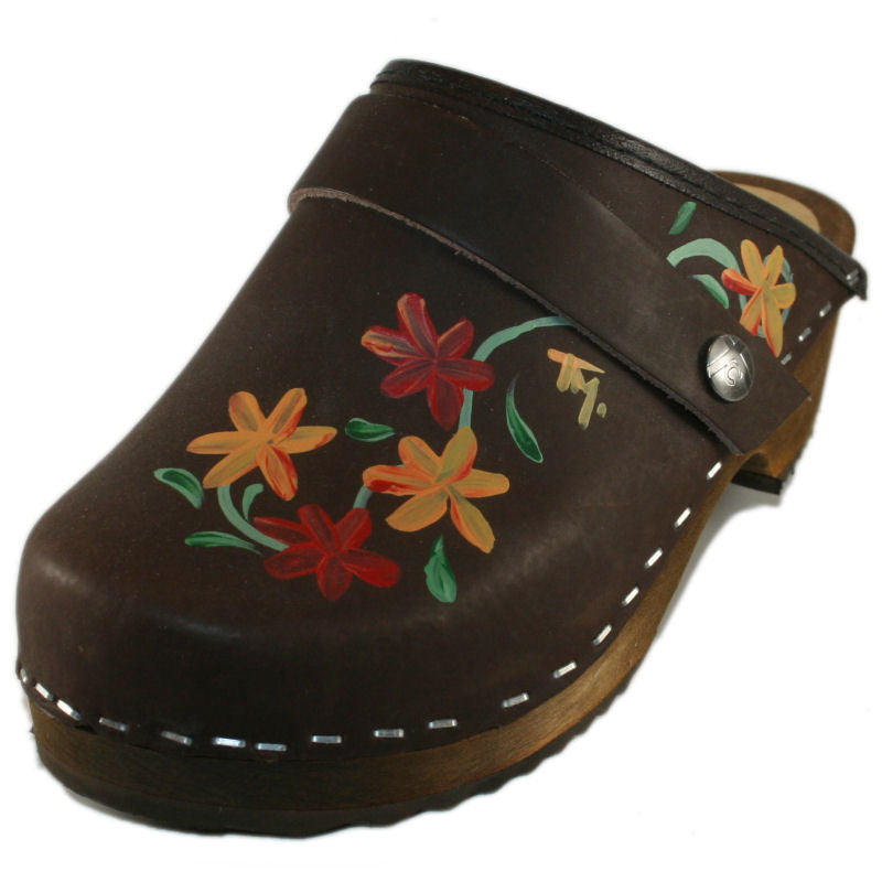 Kid's Hand Painted Brown Oil Axelina Clogs