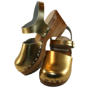 Tessa Children's Closed Toe Moa Sandal in Gold