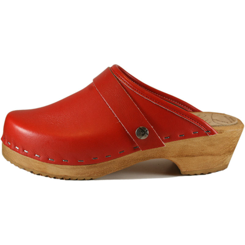 Red Traditional heel Men's Snap Strap Clogs