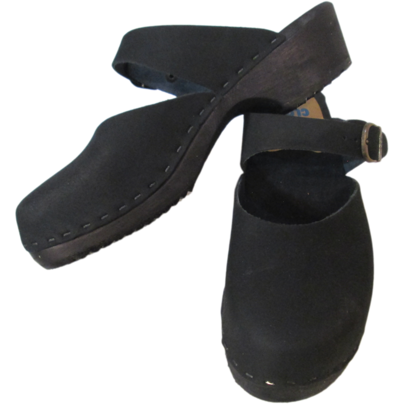 Black Oil Traditional Heel Minna Sandal Tessa Clogs