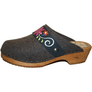 Tradition Heel Tessa Clog in Gray Felt Wool with hand painted Patti Strap