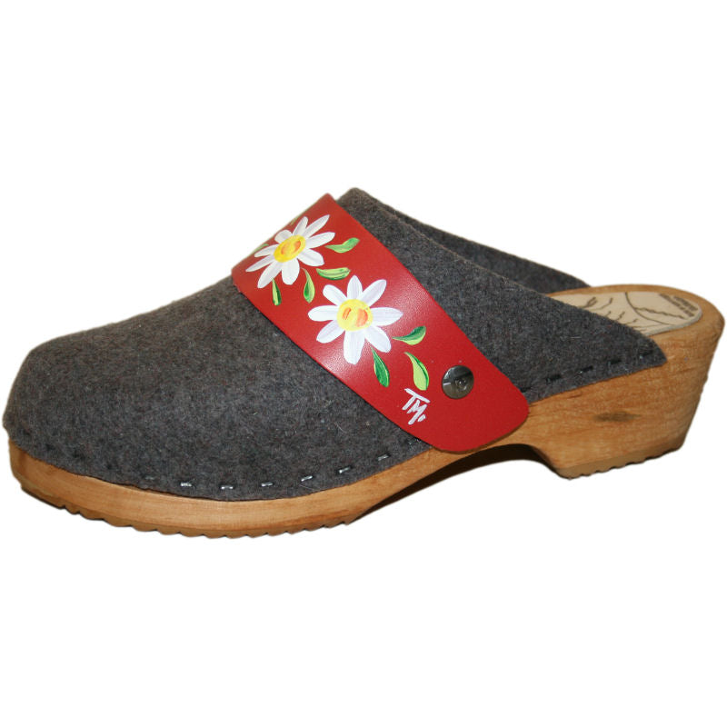 Traditional Heel Tessa Clog in Gray Felt Wool with hand painted Red Daisy Strap