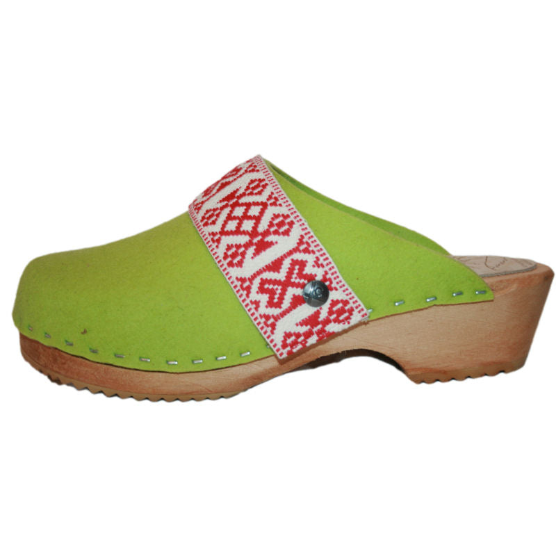 Traditional Heel Lime Green Wool with Ribbon Snap Strap