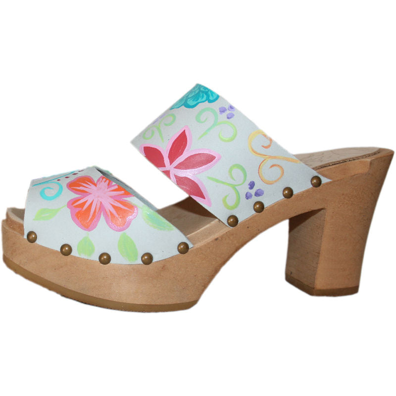 Ultimate High 2 Strap Sandal Tessa Clog in Ice Gray Nubuck Blossom design