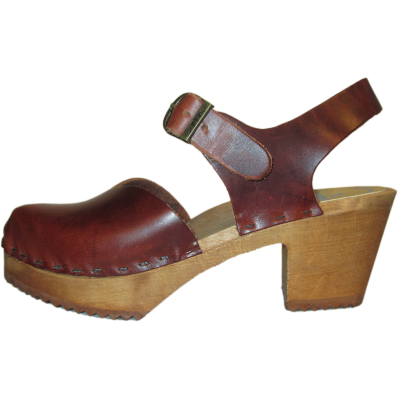 High Heel Closed Toe Vegetable Tanned Moa Sandal
