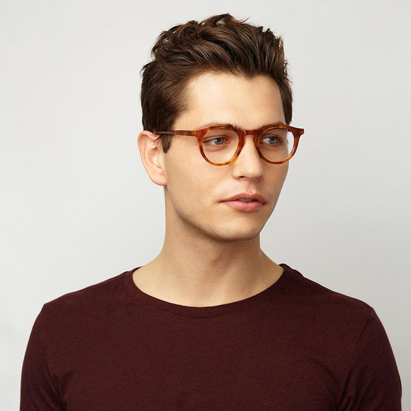 Kallio Small | Spectacles