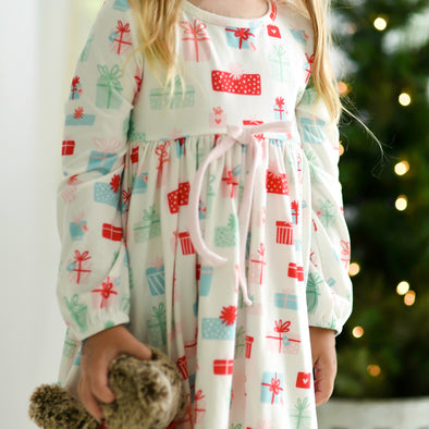 Girl's Lounge Gown in PRESENTS