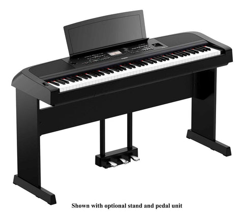 Yamaha DGX670 Digital Grand Piano