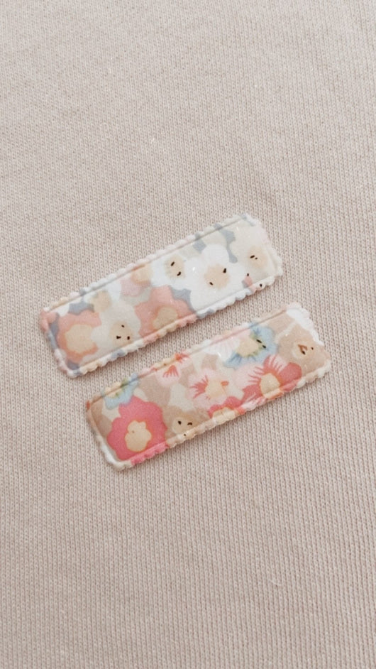Watercolour Floral Clip Set