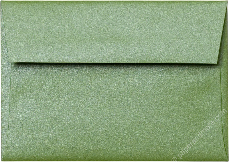 products/a1_green_fairway_metallic_envelope_closed-0391.jpg