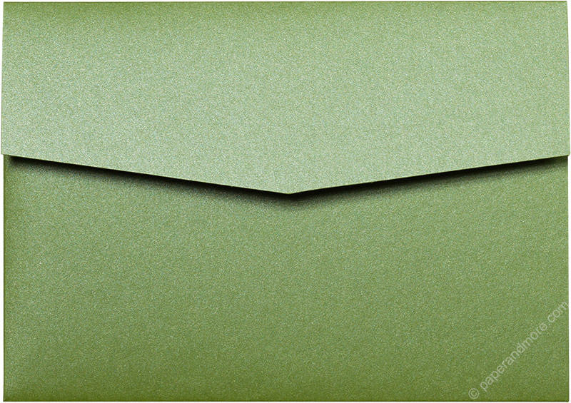 Green Fairway Metallic Pocket Invitation Card, A7 Himalaya - Paperandmore.com