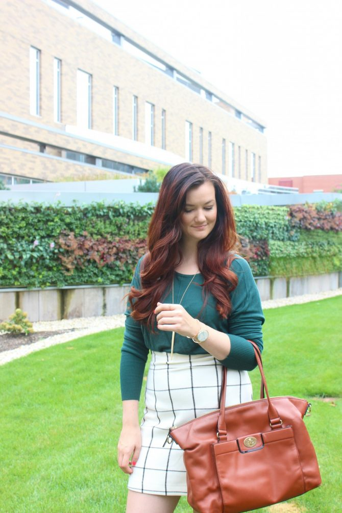 green-sweater-and-plaid-skirt-6
