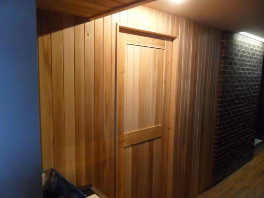 Cedar Doors and Cedar Windows for Saunas