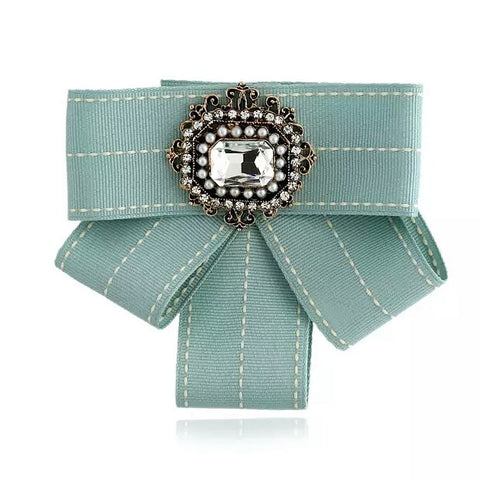"The Victoria bow brooch (5""x4"")"