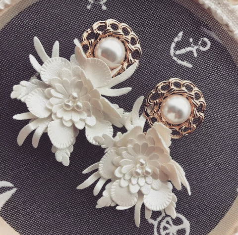 The Fiore earring