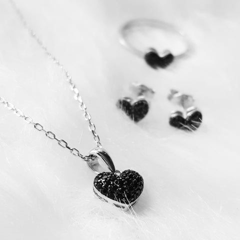 The Heart Pendant necklace