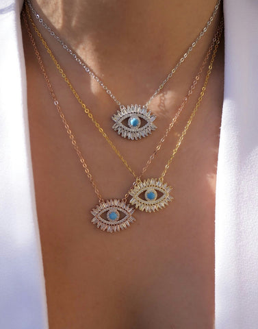 The Sparkle Eye necklace
