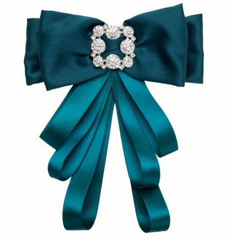 The Sleek Bow Brooch