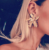 The Lily earring