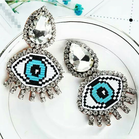The All Eyes on You earring