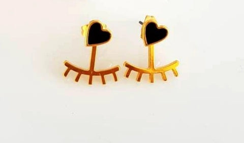 The Mimi's heart earring