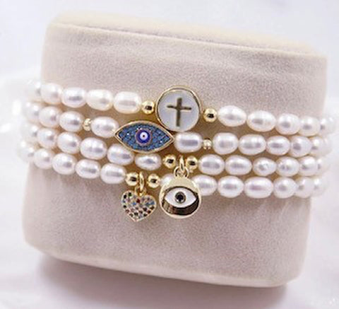 The Faux Pearl bracelet